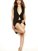 Glamorous 33 years old actress Alison Brie